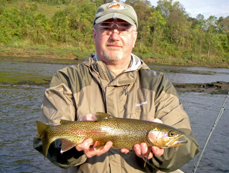 Clinch_River_Fly_Fishing_Guide_In_Tennessee_Gary
