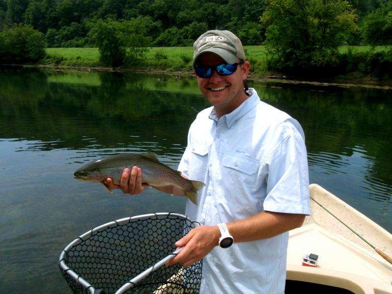 Tennessee driftboat fly fishing guides can take you into the less heavily fished